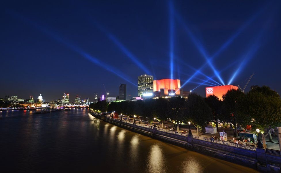 Lasers on the South Bank in London