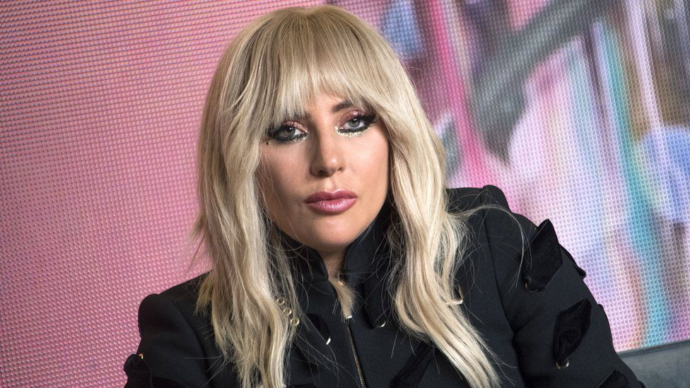 Lady Gaga donates $ 1million to victims of hurricanes