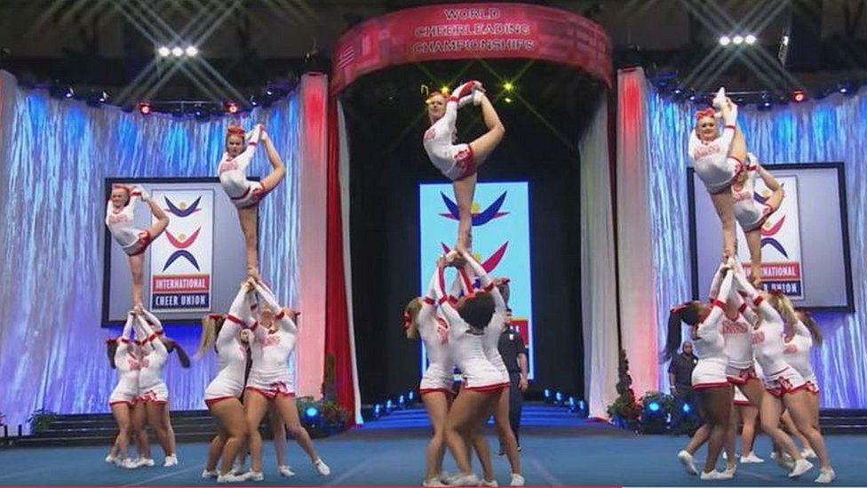England Cheerleaders