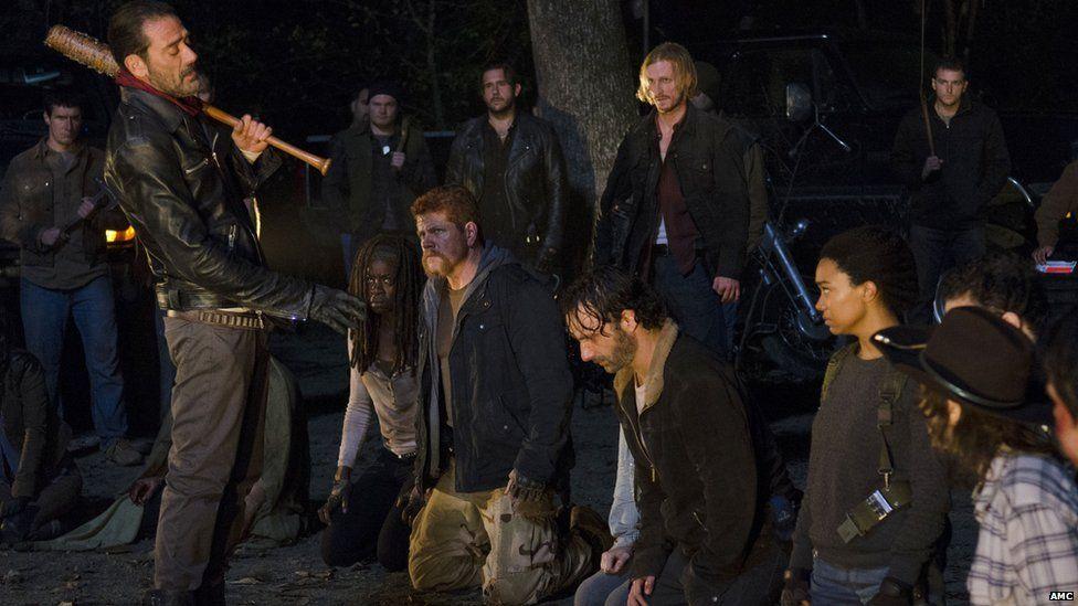 Jeffrey Dean Morgan and the Walking Dead cast