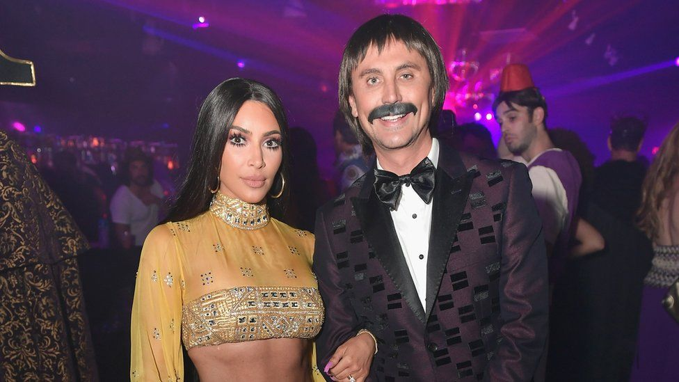 Kim Kardashian and Jonathan Cheben.  sc 1 st  BBC & The best celebrity Halloween costumes - BBC Newsbeat