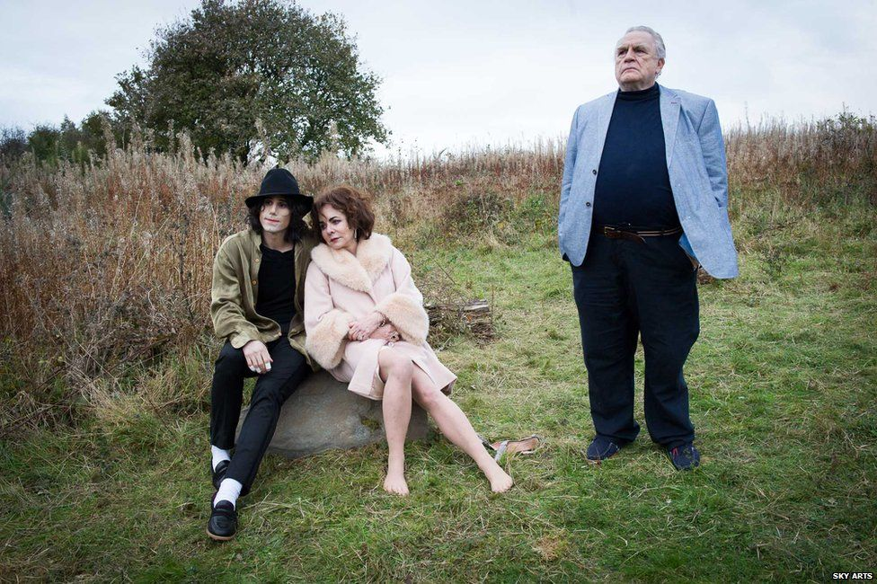 Joseph Fiennes as Michael Jackson, Stockard Channing as Elizabeth Taylor and Brian Cox as Marlon Brando