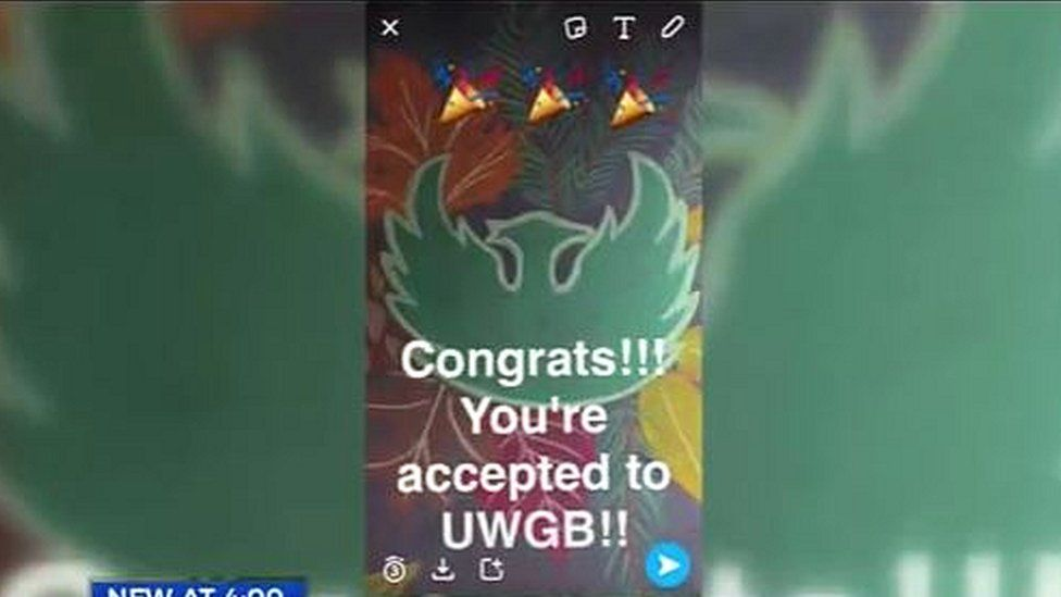 Wisconsin college accepting students using Snapchat