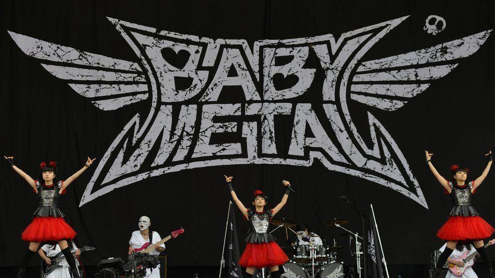 Babymetal on stage
