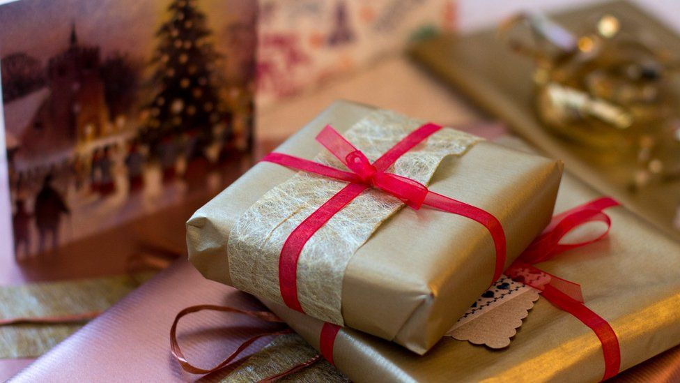 What's the Difference Between a Gift and a Present? | Mental Floss