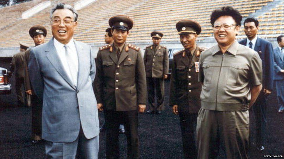 Ri Chun-hee announced the deaths of North Korean leaders Kim Jong-Il (R) and his father, Kim Il-Sung (L)