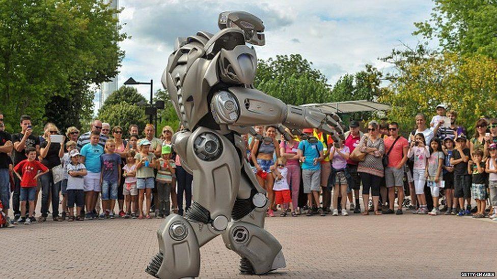 'Titan the robot', the new attraction of the Futuroscope theme park