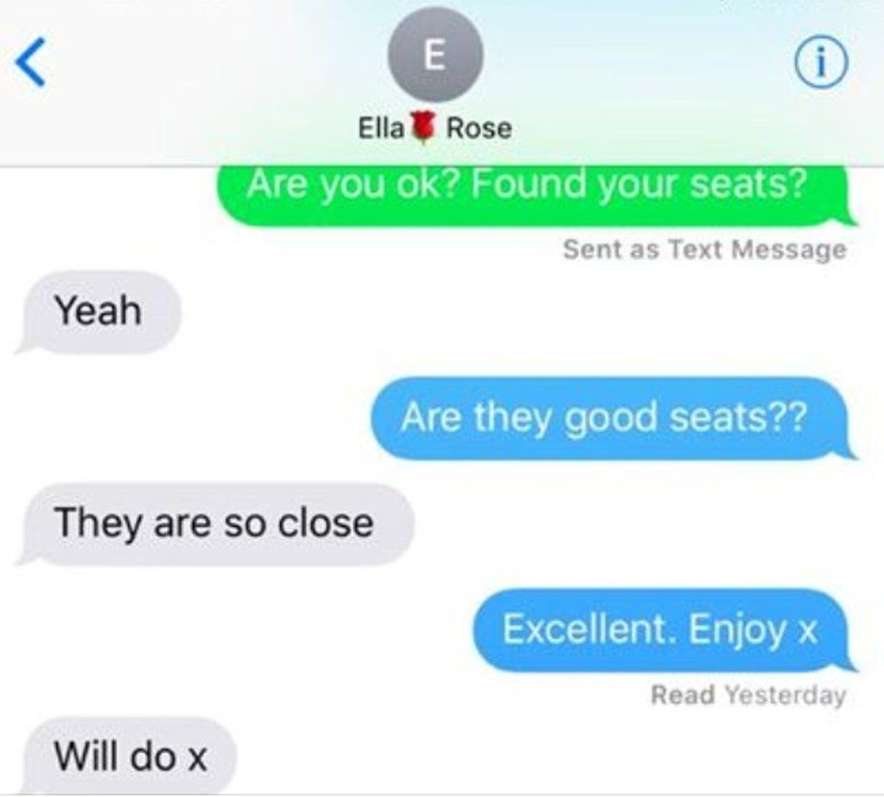 Ella and her mum shared text messages about the seats she had at the Ariana Grande concert