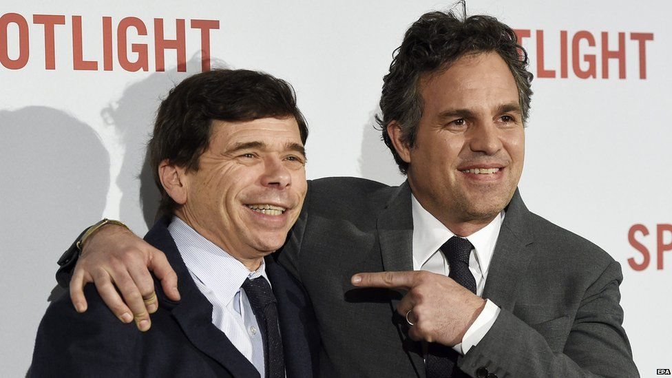 Mike Rezendes and Mark Ruffalo, the actor who plays him in Spotlight, at the UK premiere in January 2016