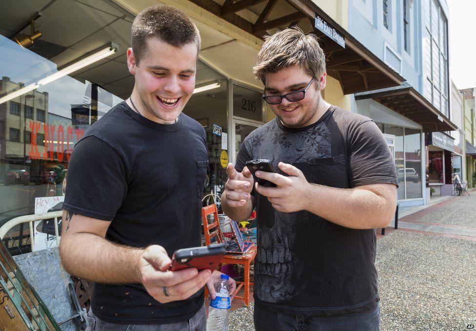 Brothers Jon and Ryan Edmonds