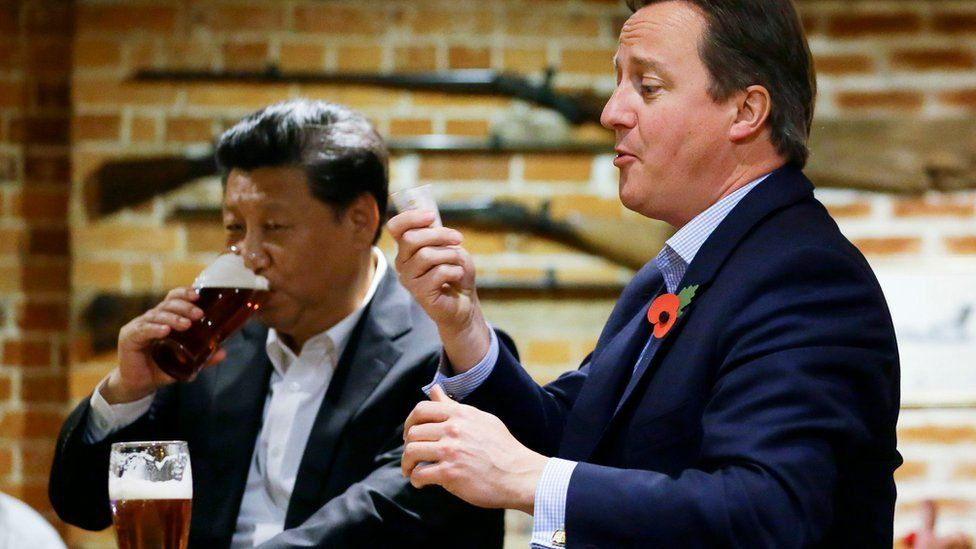 Mr Cameron and Mr Xi visited a pub near the PM's Chequers retreat on Thursday evening