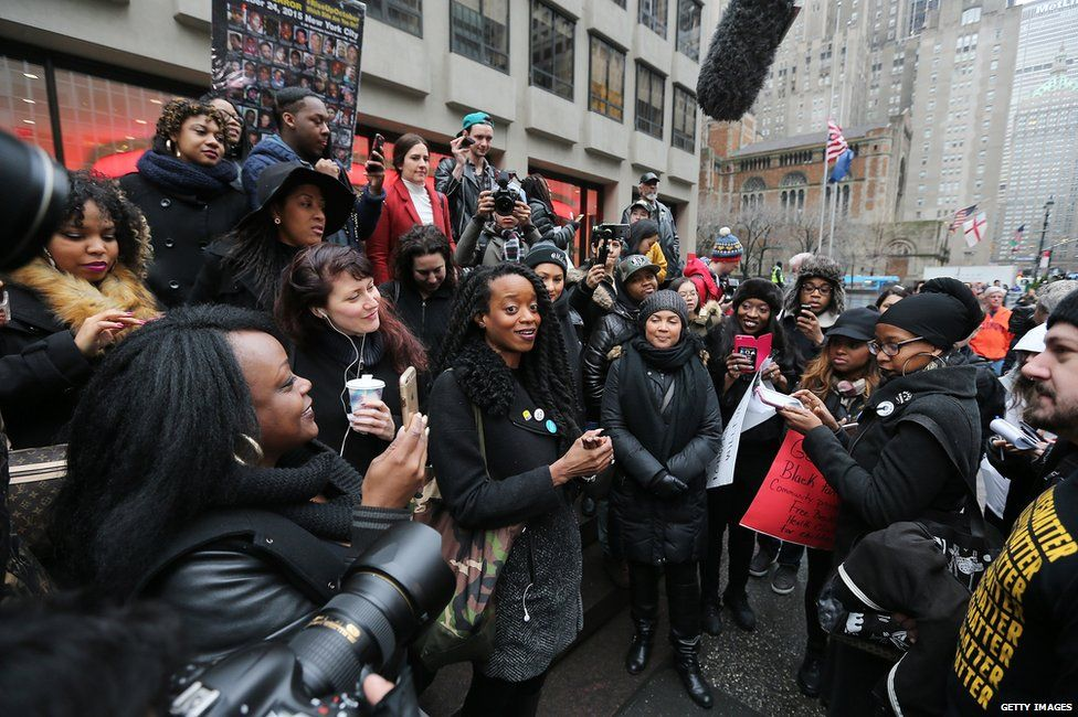 anti beyonce protest rally Protestors to host anti-beyonce rally at nfl headquarters protestors will be swarming around nfl headquarters next tuesday (feb 16) for an anti-beyonce rally following her salute to the black panther party during the super bowl 50 halftime show.
