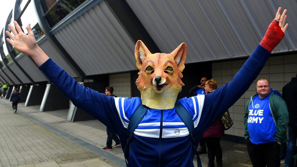 Leicester fan in fox mask