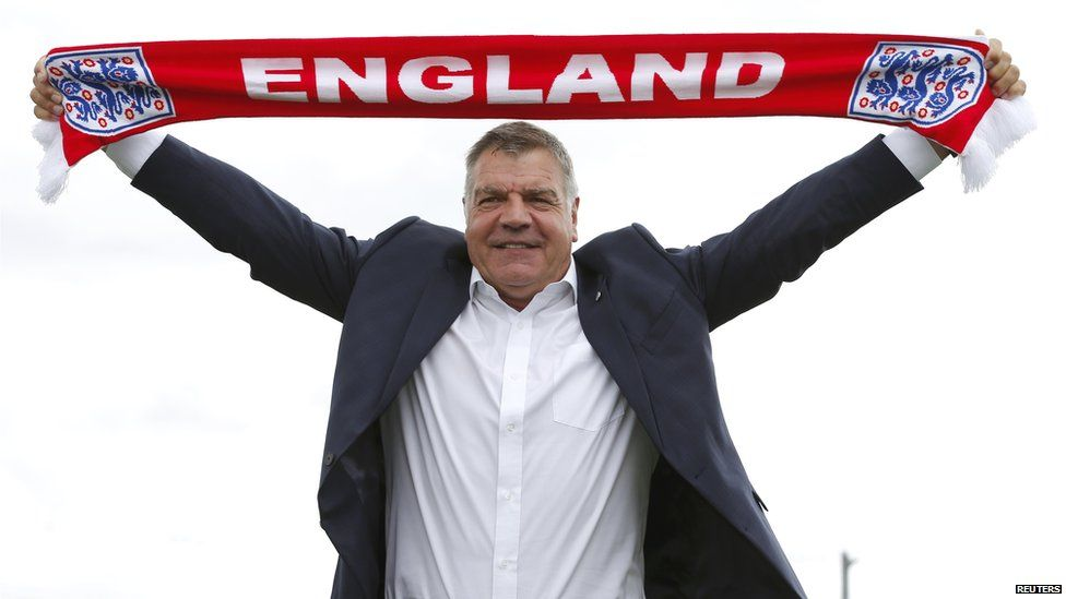 Sam Allardyce with an England scarf