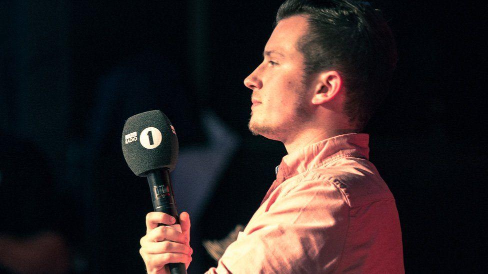 Ellis takes part on the Newsbeat EU debate
