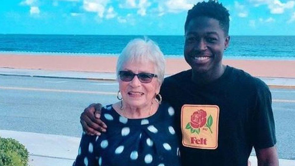 Words make friends: Young rapper meets elderly gaming partner for first time