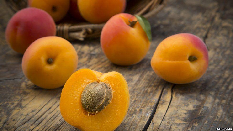 apricots cut in half