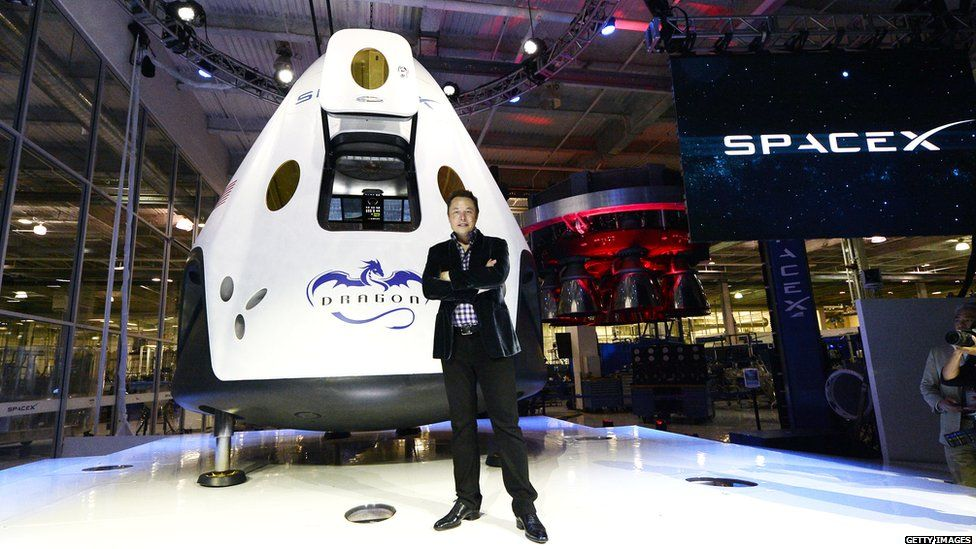 SpaceX wants to send 2 tourists around the moon in 2018