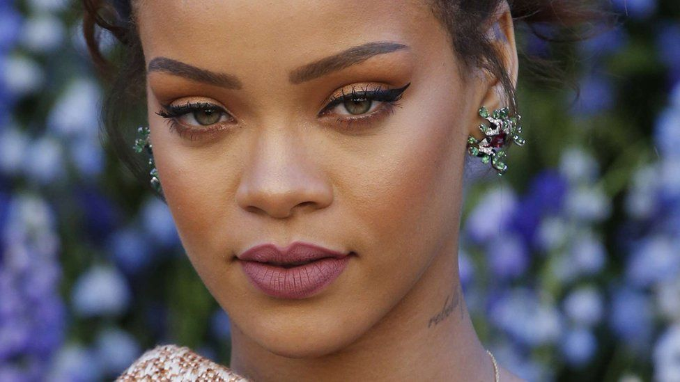 Report: Rihanna Has 10 Songs Ready For New Album / Could Release This ...