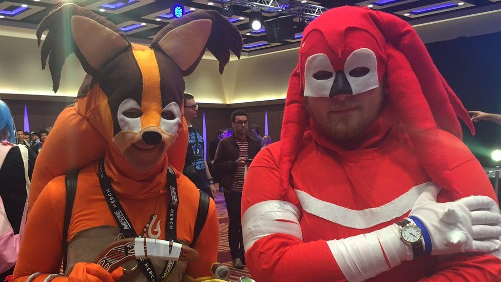 Blaze dressed as Sticks and Herb as Knuckles