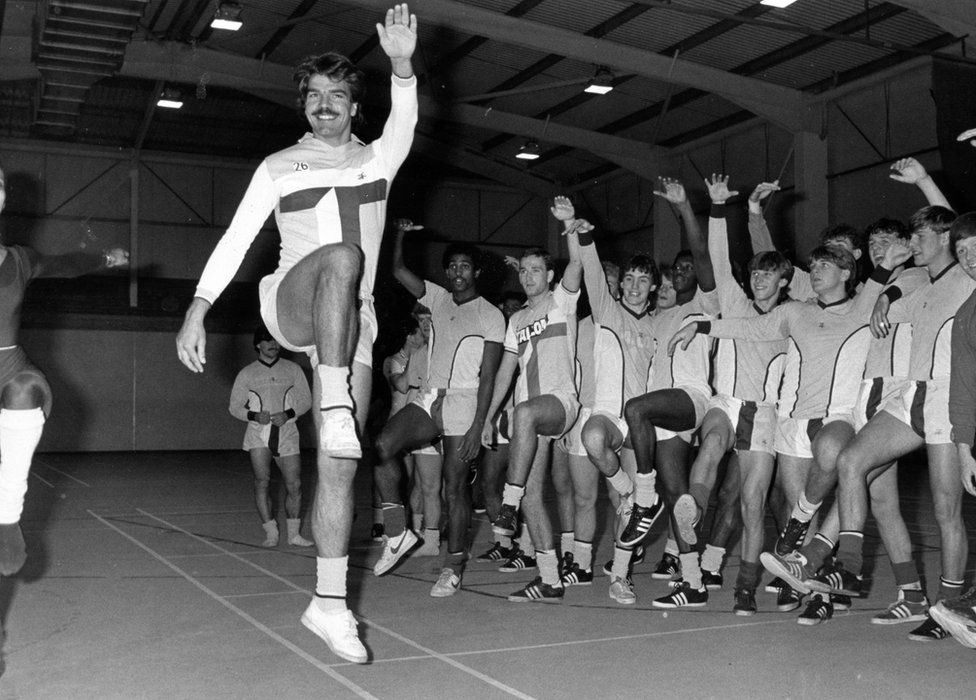 Sam Allardyce leading the squad in a ballet session
