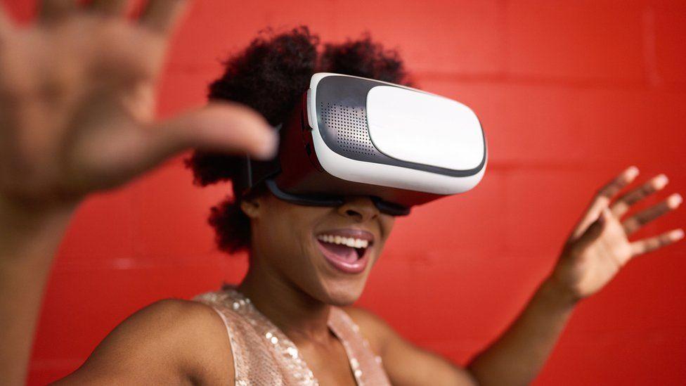 Virtual reality gigs
