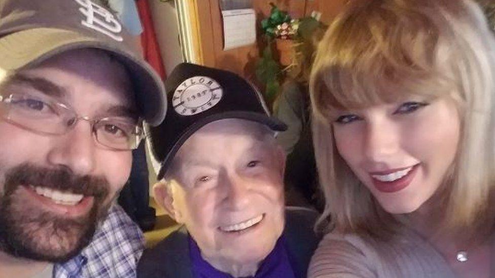 Robert Frye, Cyrus Porter and Taylor Swift