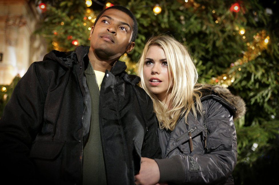 Noel Clarke and Billie Piper as Mickey and Rose