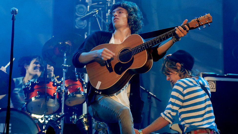 The Kooks at Glastonbury 2007