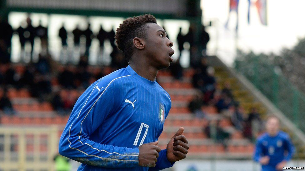 Moise Kean playing for the Italian youth team
