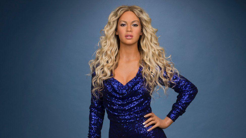 image Beyonce amp shakira beautiful liar