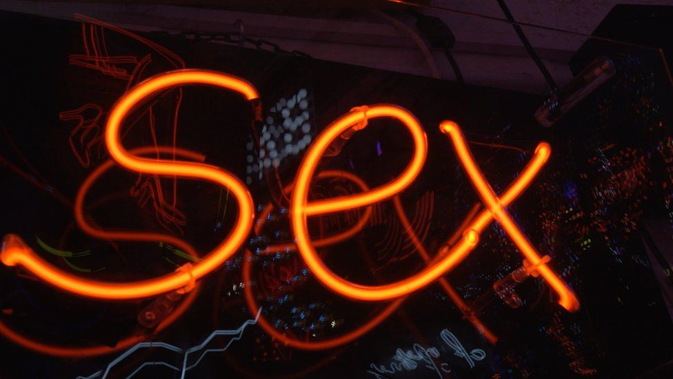 Are Naturist sex ed