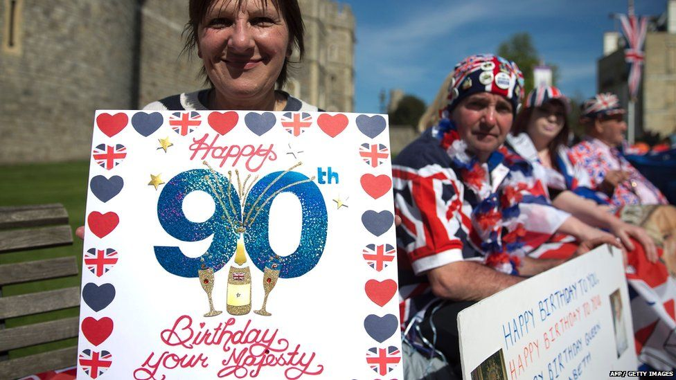 People celebrating outside Windsor Castle