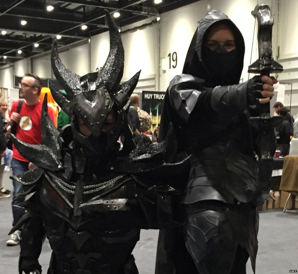 Two fans dressed as characters from Sky Rim