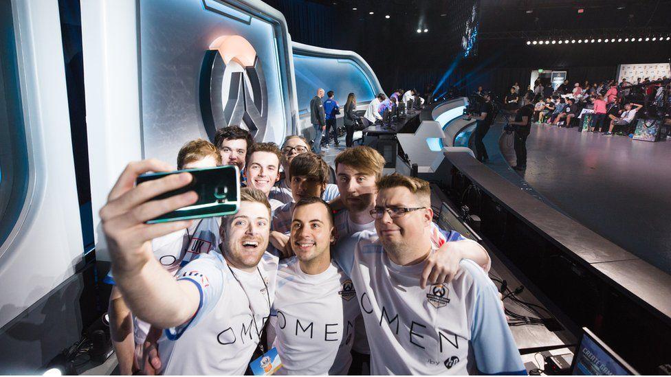 Team UK take a selfie