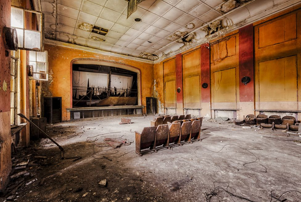 Abandoned cinema or theatre