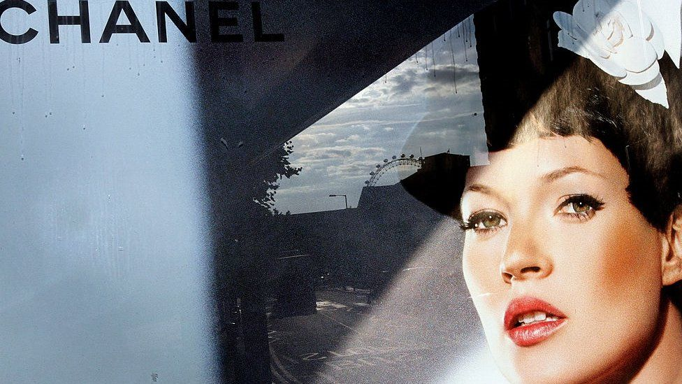 Kate Moss in Chanel campaign