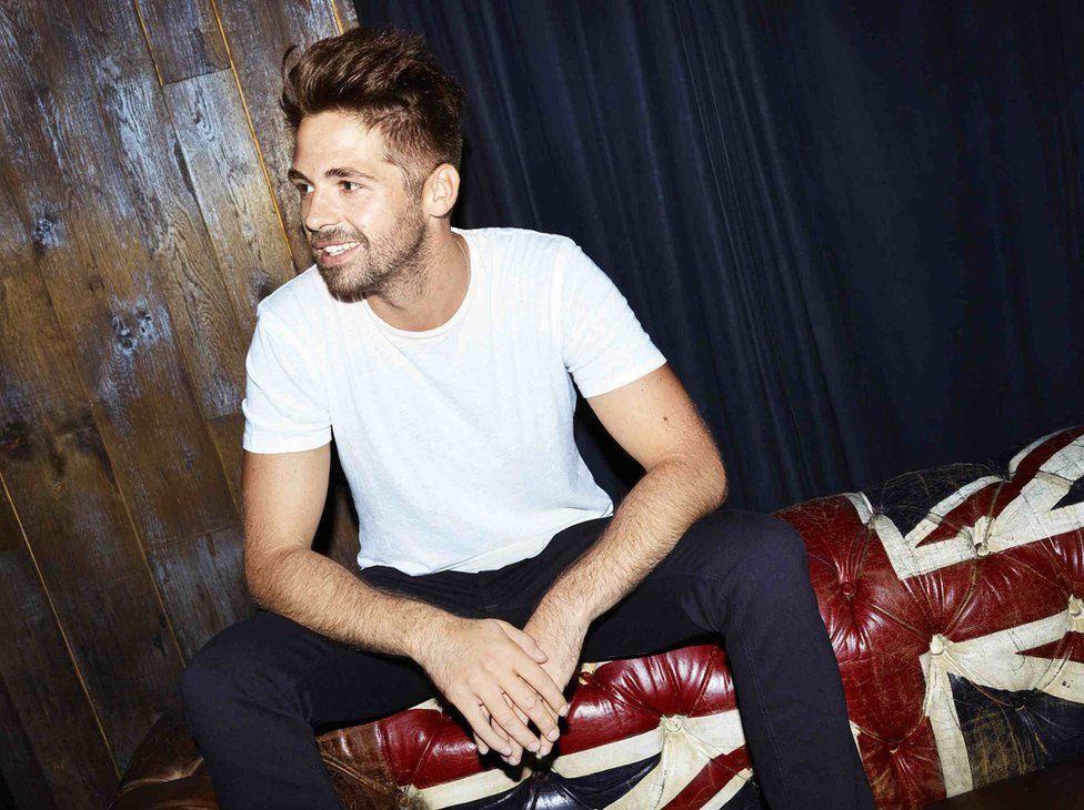 'X Factor' Winner Ben Haenow Grabs Christmas No. 1 in U.K ...