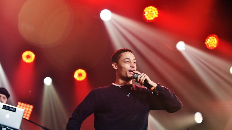 Loyle Carner kicks fan out of show for sexist comments
