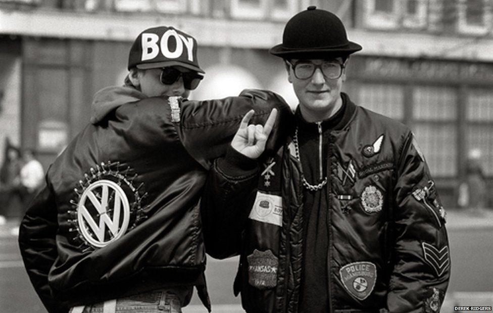Индивидуальные летные куртки, изображенные Дереком Риджгером