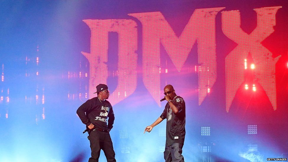 DMX (r) on stage with Puff Daddy for last year's Puff Daddy and Bad Boy Family Reunion Tour