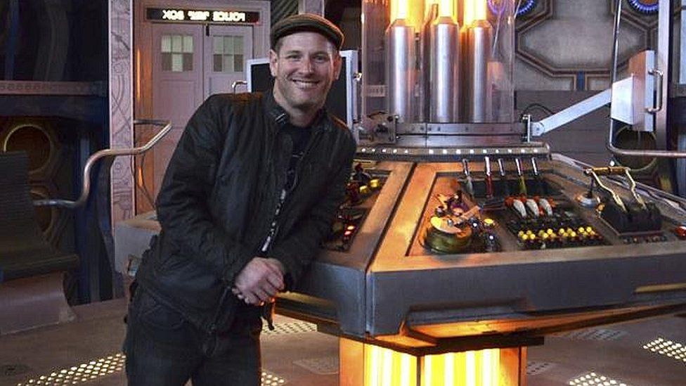 Corey Taylor on the Doctor Who set