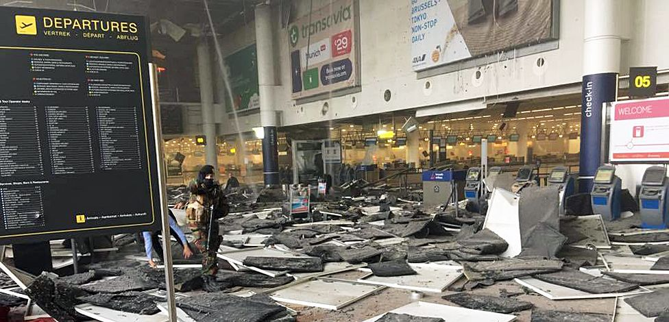 The aftermath of the Brussels airport bomb attack, captured by Jef Versele - 22 March 2016