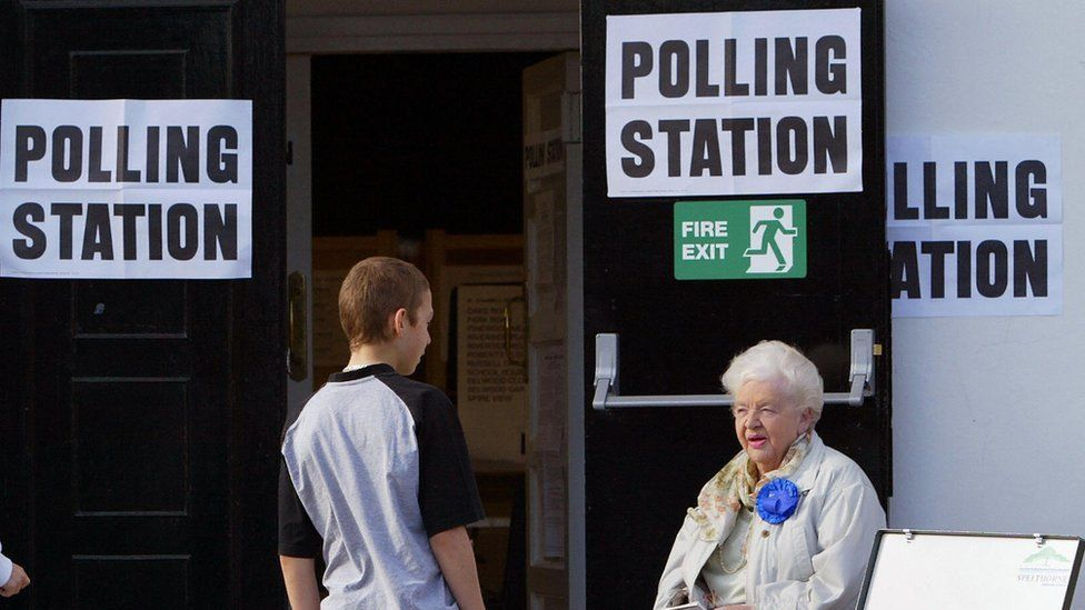 Back to the ballot box: UK lawmakers back June 8 election
