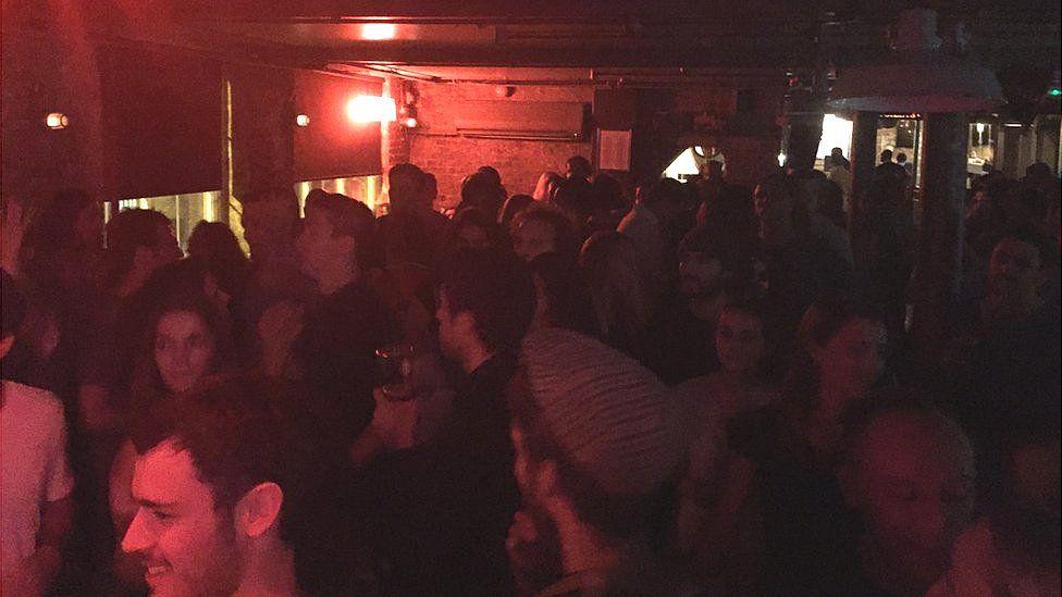 clubber dance