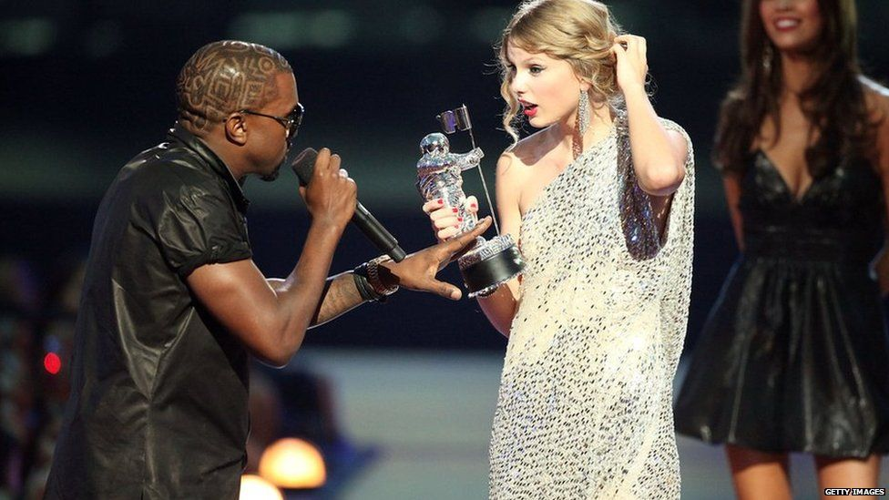 Kanye West interrupts Taylor Swift at the VMAs