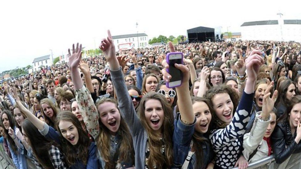 Warning Over Radio 1 Big Weekend Facebook Ticket Scam For Exeter Rhbbccouk: Radio 1 Big Weekend 2016 Tickets At Gmaili.net