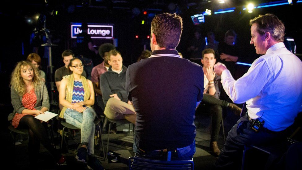 Chris Smith and David Cameron facing the Live Lounge audience