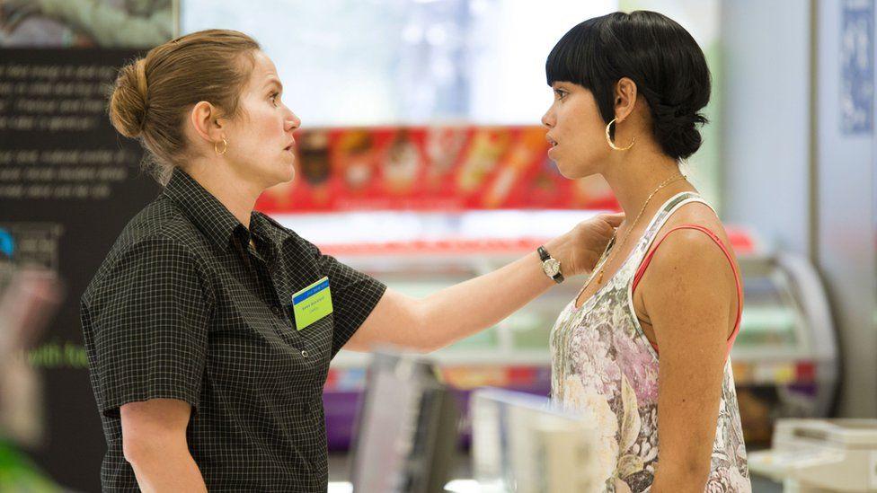 Carol (Jessica Hynes), Rochelle (Georgina Campbell)