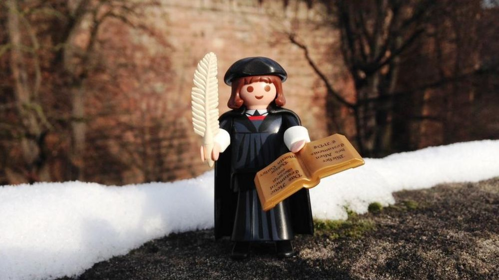 Playmobil say Martin Luther is their fastest-selling toy - BBC Newsbeat